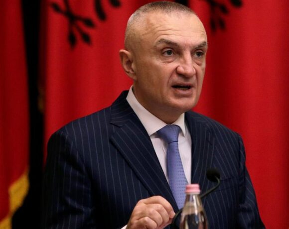 Αλβανία : Ο πρόεδρος Μέτα φρέναρε το νομοσχέδιο Ράμα για τις περιουσίες