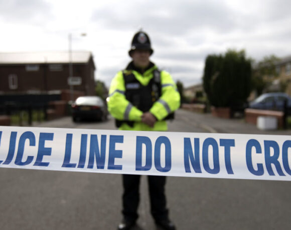 Βρετανία: Και η πυροσβεστική στη διανομή τροφίμων και την περισυλλογή νεκρών