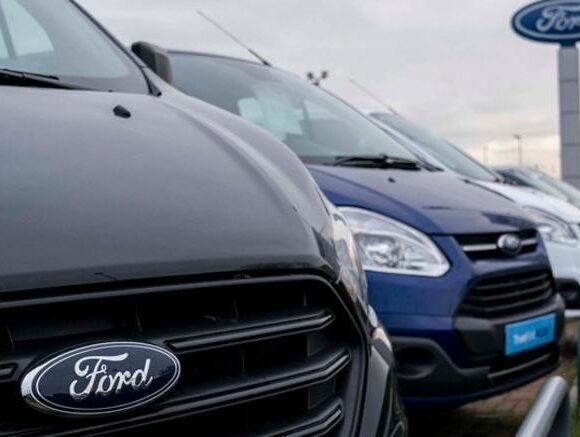 Η Ford μαζί με τις GE και 3M κατασκευάζουν αναπνευστήρες