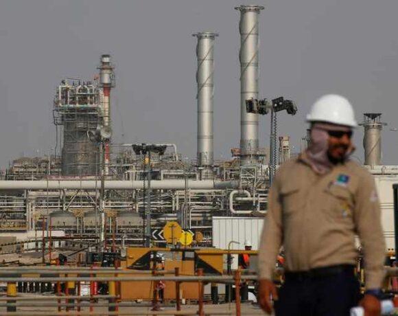 Καλπάζει το πετρέλαιο – Παρέμβαση ΗΠΑ στον «πόλεμο» Σαουδικής Αραβίας – Ρωσίας