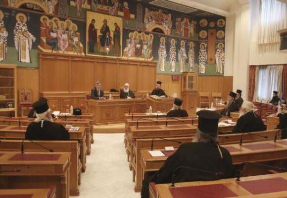 Κοροναϊός : Εκκλησιασμός στο σπίτι το μήνυμα Ιερώνυμου – Λατρεία με προφυλάξεις σε όλες τις χώρες