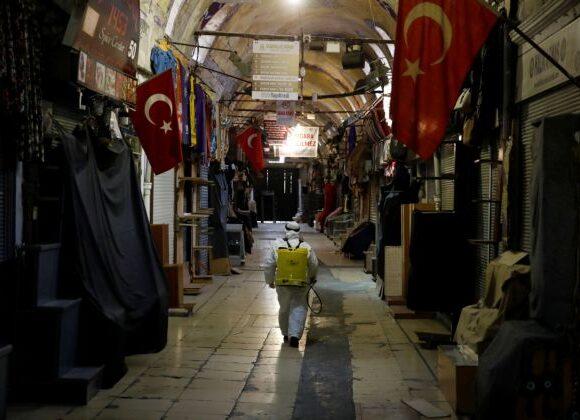 Κοροναϊός : Κόκκινος συναγερμός και στην Τουρκία – Σε καραντίνα 39 κατοικημένες περιοχές