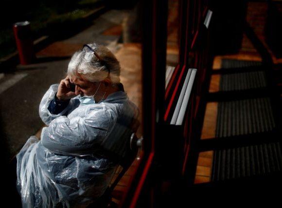 Κοροναϊός: «Μαύρο» ρεκόρ κρουσμάτων και νεκρών στη Γαλλία