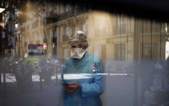 Κορωνοϊός Γαλλία: Μπλακ άουτ στα νοσοκομεία του Παρισιού εντός 48 ωρών