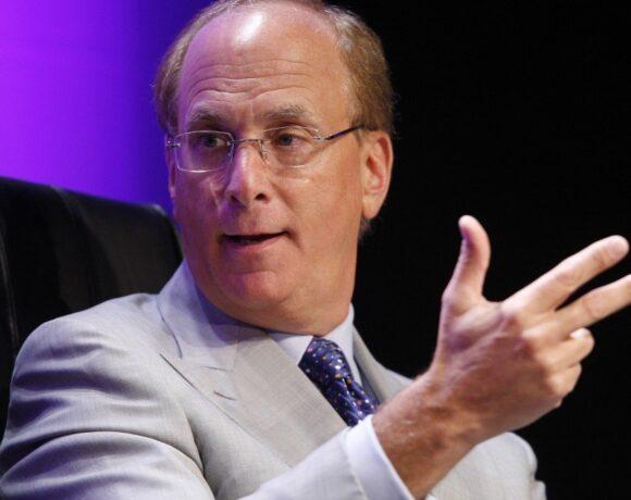 Λάρι Φινκ (Blackrock): Η οικονομία θα ανακάμψει – Θα υπάρξουν «τρομερές ευκαιρίες» στις αγορές