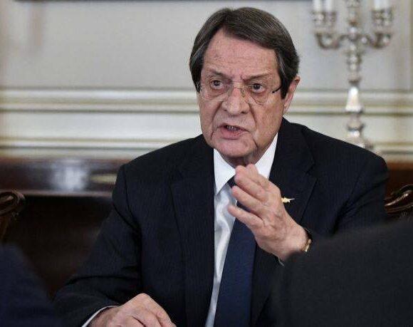 Νέα αυστηρότερα μέτρα στην Κύπρο για τον κορονοϊό – Τι ισχύει με τις πτήσεις