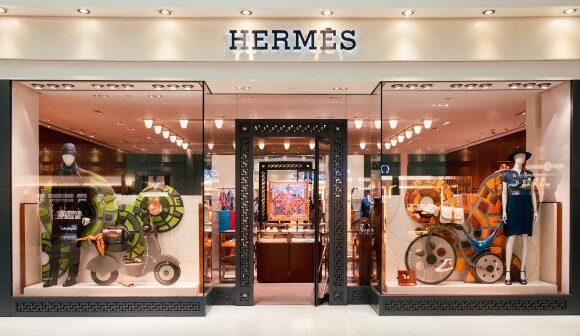 Σε καραντίνα και ο οίκος Hermes: Κλείνει τις μονάδες παραγωγής στη Γαλλία