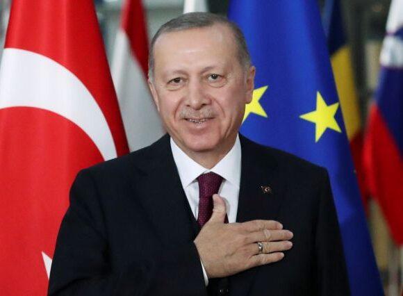 Τουρκία: Ο Ερντογάν με ένα «ωμό» tweet ανακοίνωσε μέτρα για τον κοροναϊό