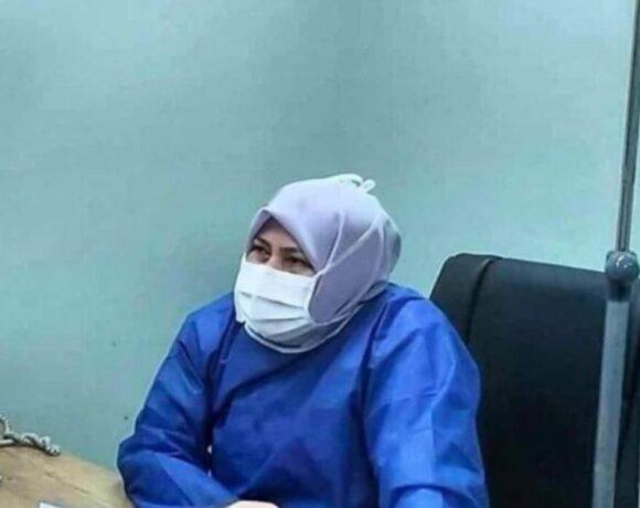 Φωτοφραφία-σοκ: Ιρανή γιατρός με κοροναϊό φρόντιζε τους ασθενείς της μέχρι να πεθάνει