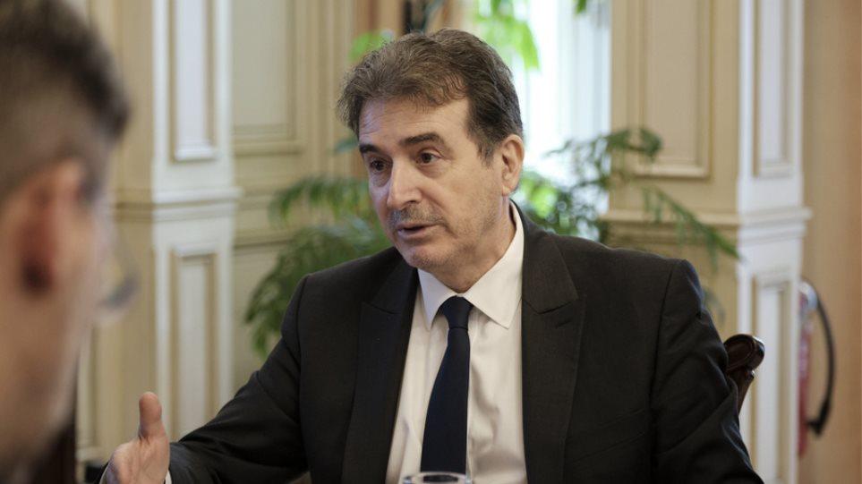 Χρυσοχοΐδης: Δεν θα αφήσουμε κανέναν ανεύθυνα να μεταδίδει τον κορωνοϊό