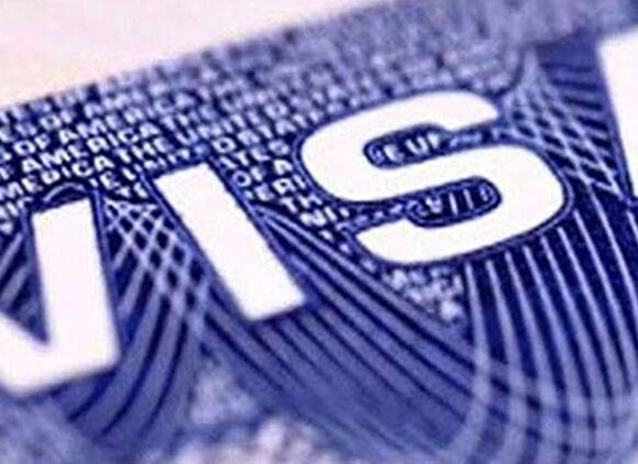 Covid-19 Forces US to Suspend Global Visa Services