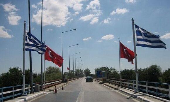 O Ερντογάν κλείνει τα σύνορα με Ελλάδα και Βουλγαρία λόγω κορονοϊού