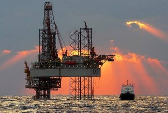 Alpha: Γιατί ευνοείται η Ελλάδα από τη βουτιά του πετρελαίου