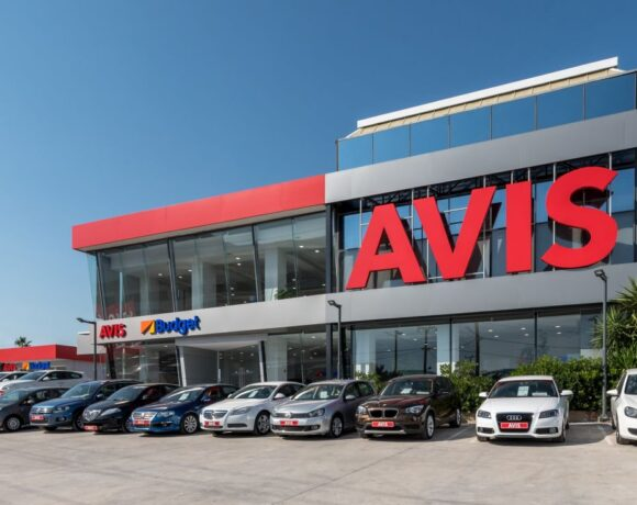 Avis Supports Greece's Fight Against Covid-19