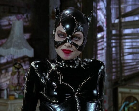 Catwoman: Έκλεισε τα 80 η συναρπαστική αντίπαλος του Batman