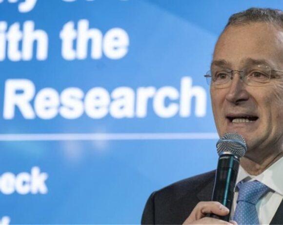 Αιχμές του Ευρωπαϊκού Συμβουλίου Έρευνας εναντίον του παραιτηθέντος προέδρου του
