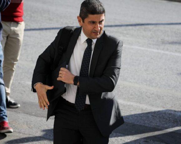 Αυγενάκης: «Μάιο οι προπονήσεις, κεκλεισμένων των θυρών οι αγώνες»