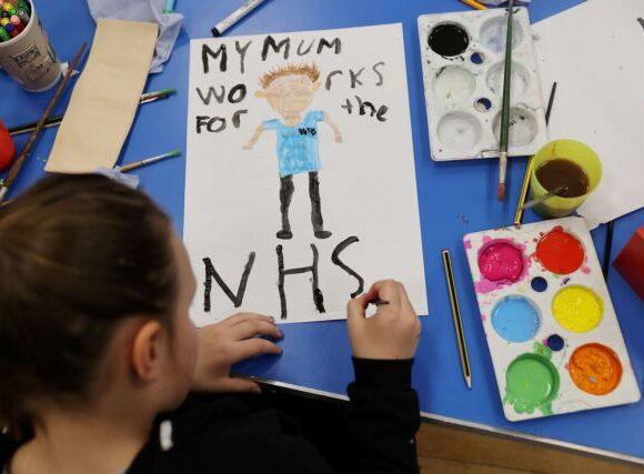 Βρετανία: Συναγερμός για θάνατο παιδιών από φλεγμονώδη νόσο – Πιθανή σύνδεση με κοροναϊό