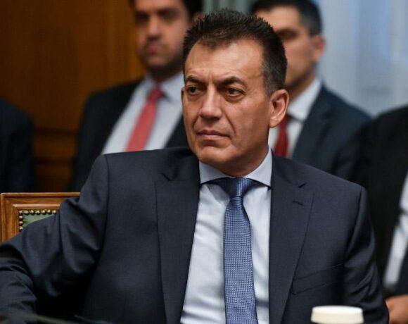 Βρούτσης: Από 15 Απριλίου ξεκινά η καταβολή των 800 ευρώ