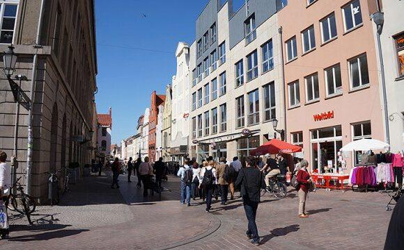 Γερμανία: Ποια μέτρα προτείνουν οι επιστήμονες για επιστροφή στην καθημερινότητα