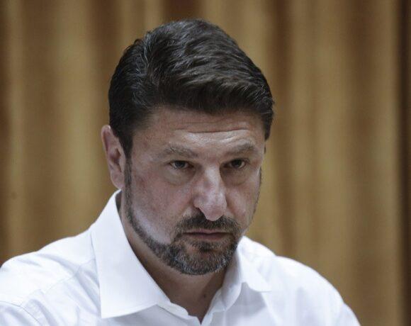 Εισαγγελική παρέμβαση ζητά ο Νίκος Χαρδαλιάς για τα περιστατικά παραβίασης της καραντίνας και Θείας Κοινωνίας