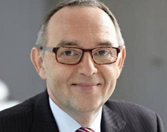 Εκδοση ευρωομολόγων ζητεί ο Νόρμπερτ Βάλτερ-Μπόργιανς