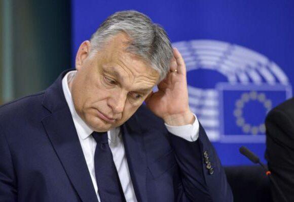Η πρώτη δικτατορία σε κράτος-μέλος της Ευρωπαϊκής Ενωσης είναι γεγονός