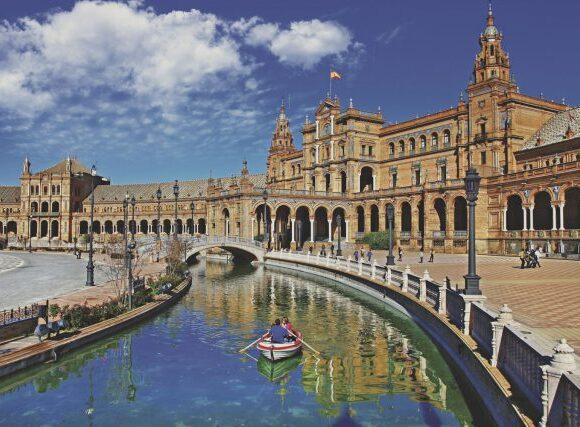 Ισπανία: Απώλειες ύψους 54.7 δισ