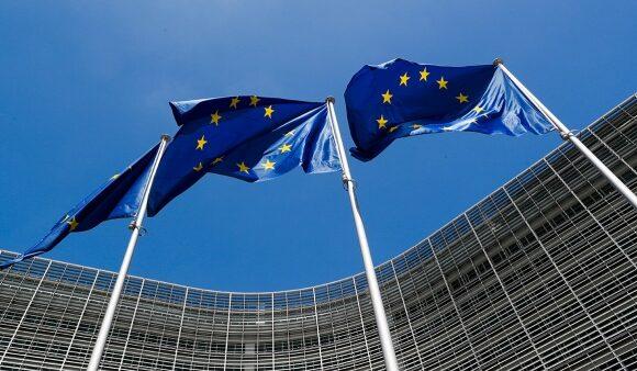 Κοροναϊός : Η ΕΕ προτείνει τη διεξαγωγή συνόδου κορυφής για τον τουρισμό