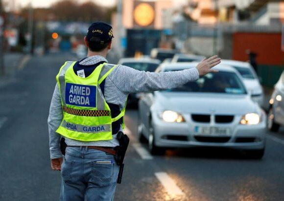 Κοροναϊός – Ιρλανδία : Έκαναν έλεγχο μετακίνησης – Βρήκαν κοκαΐνη