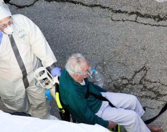 Κορωνοϊός στην Ισπανία: 605 νέοι θάνατοι – Συνεχίζεται η καθοδική πορεία των κροσμάτων