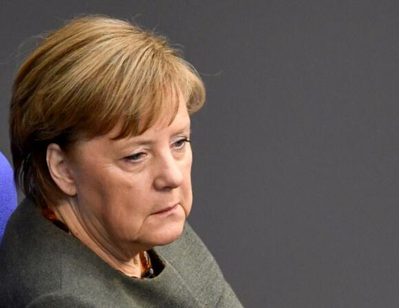 Μέρκελ: Τα ταξίδια εντός Ευρώπης δεν βρίσκονται στην ημερήσια διάταξη