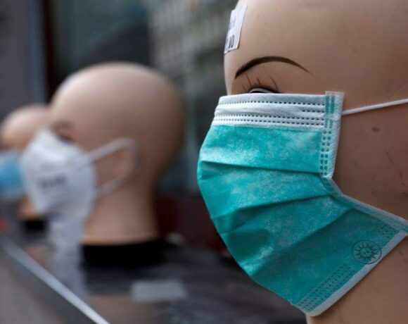 Μια «σύγχρονη πειρατεία»: Η Γερμανία κατηγορεί τις ΗΠΑ για «κλοπή» αεροσκάφους με μάσκες