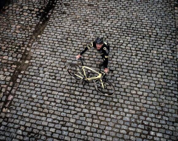 Ποδηλάτες ζητούν άδεια να προπονηθούν εκτός σπιτιού
