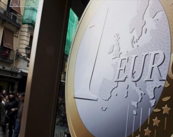 Στο -22,7 βυθίστηκε η καταναλωτική εμπιστοσύνη στην Ευρωζώνη τον Απρίλιο