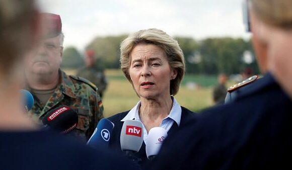 Σφοδρή επίθεση του Politico στην Φον ντερ Λέϊεν: Το μάνατζμεντ της καταστροφής