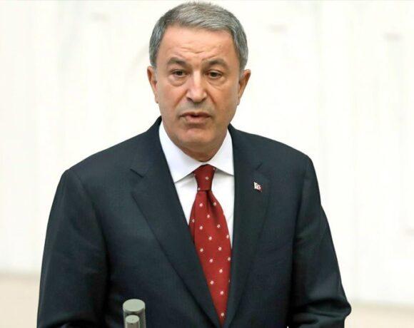 Τουρκία: Παράταση κατά ένα μήνα της στρατιωτικής θητείας ζητά ο Ακάρ