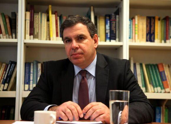 Ύφεση 5% με 9% προβλέπει το ΙΟΒΕ