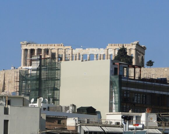KAS Ruling: Hotel Blocking View to Acropolis Must Knock Down Top Floors