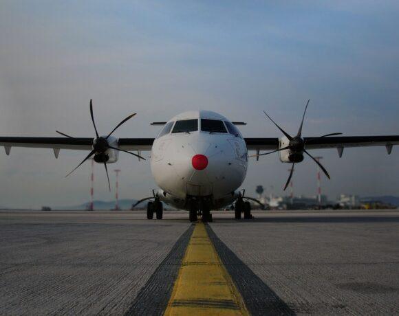 Sky Express: Δωρεάν αεροπορικά εισιτήρια σε όλο το προσωπικό των ΜΕΘ της χώρας