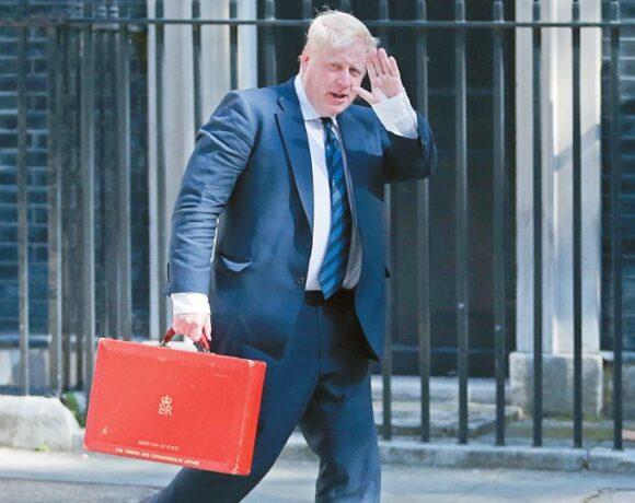 Telegraph: Από Δευτέρα επιστρέφει στη Ντάουνινγκ Στριτ ο Μπόρις Τζόνσον