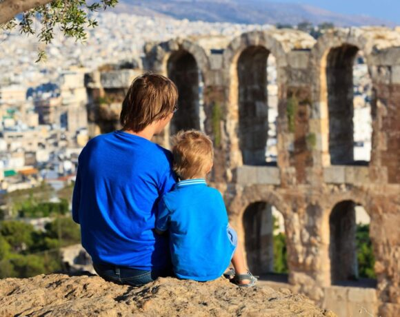 Tour Operators Eyeing Greece as Top Destination in Med after Covid-19