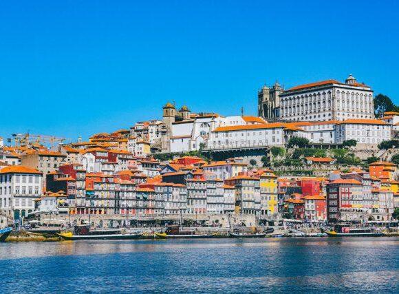 Βρετανία: Διαπραγματεύσεις με την Πορτογαλία για την επανέναρξη των πτήσεων