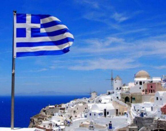 Διεθνής Τύπος: Μετά το success story αντιμετώπισης της πανδημίας η Ελλάδα διεκδικεί τώρα τους τουρίστες
