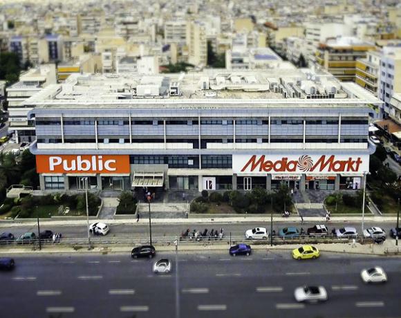 Δύο νέα μεγάλα καταστήματα Public ενώνονται με αυτά της MediaMarkt