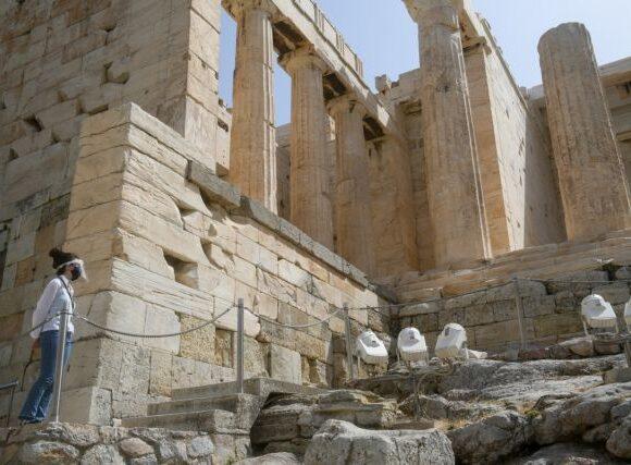 Ενθουσιασμός για το «άνοιγμα» της Ακρόπολης – Έγινε θέμα στα διεθνή ΜΜΕ