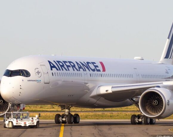 Η Air France σχεδιάζει να επαναφέρει σταδιακά τις πτήσεις μέχρι τέλη Ιουνίου