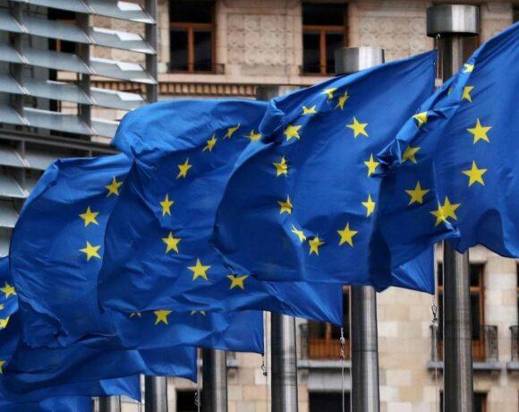 Η ΕΕ ζητά ανεξάρτητη έρευνα για την προέλευση του κοροναϊού