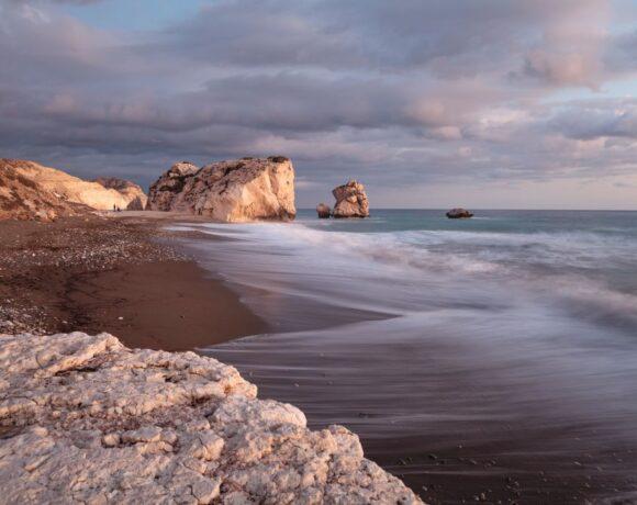 Κίνηση ματ της Κύπρου έναντι των ανταγωνιστών στον τουρισμό