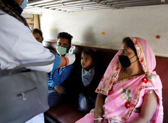 Κοροναϊός : Αυξάνονται συνεχώς τα κρούσματα στην Ινδία – Πάνω από 3
